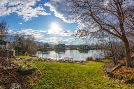 Salem Utah Homes for sale on pond