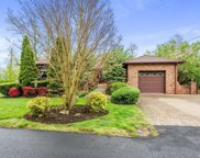2 Forchelli  Way, Mill Neck image
