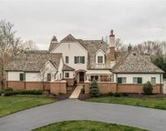 2 Radnor, Huntleigh image