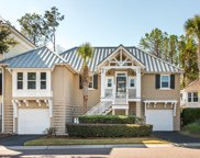 1540 Sea Palms Crescent, Mount Pleasant image