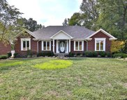 9502 Holiday Dr, Louisville image