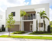 9960 Nw 74th Ter, Doral image