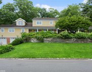 150 Sycamore  Drive, East Hills image