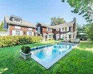 8 Conklin  Terrace, East Hampton image