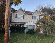 61 Vernon St, Patchogue image