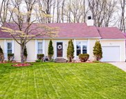 4614 Middleburg Ct, Louisville image