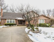 539 Stafford Lane, Glen Ellyn image