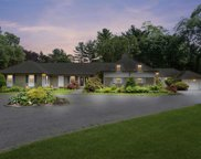 6 Coriegarth Ln, Lattingtown image