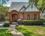 1035 N Clinton Avenue, Dallas image