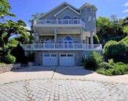 132 E Shore Road, Huntington Bay image