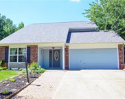 12562 Pointer  Place, Fishers image