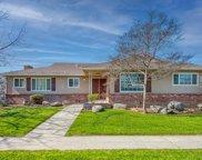 6257 N Sharon, Fresno image