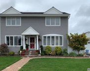 2741 Anthony  Ave, Bellmore image