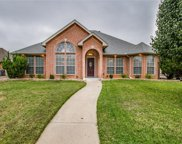 1669 Oak Creek Drive, Hurst image