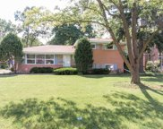 1240 Sherwood Road, Glenview image
