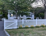 178 Hilltop  Drive, Brentwood image