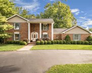 16057 Hunters Way, Chesterfield image