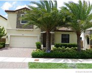 9845 Nw 86 Te, Doral image