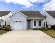 33 Foxwood Circle, Southern Shores image