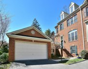 7423 WINDY PINES PLACE, Annandale image