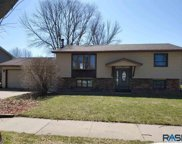 5905 W 50th St, Sioux Falls image