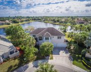 2762 Meadowood Dr, Weston image