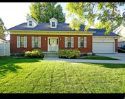 499 W Clover View  Dr S, Murray image