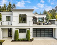 808 84th Ave NE, Medina image
