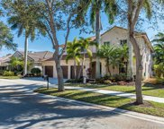 944 Crestview Cir, Weston image