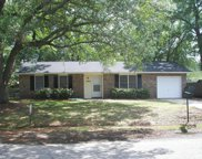 7747 Mendelwood Drive, North Charleston image