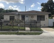 250 Nw 62nd Ave, Miami image