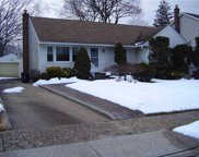 875 Woodside  Drive, Wantagh image