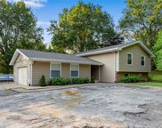2528 Spring Valley Dr, St Peters image