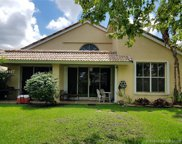 1240 Nw 184th Pl, Pembroke Pines image