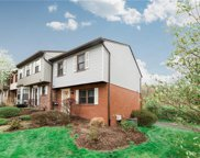 585 Thorncliffe Dr, Robinson Twp - NWA image