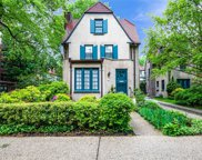 14 Ascan Ave, Forest Hills image