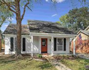 330 Meadow Crossing Dr, Baton Rouge image