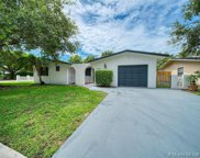 9304 Sw 166th Ter, Palmetto Bay image