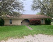 112 Heath Street, Hico image