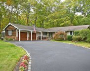 4 Candlewood North Path, Dix Hills image