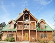3308 Kestrel Way, Pigeon Forge image