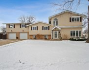 326 Greenfield Drive, Glenview image