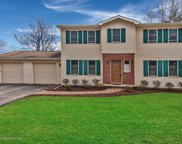 452 Valley View Dr, Dallas image