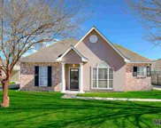 14334 Whispering Oaks Dr, Gonzales image