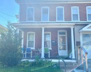 112 E 6th St, Red Hill image