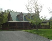 1653 Bench Mountain Way, Sevierville image