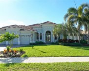7010 Dominion Lane, Lakewood Ranch image