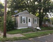 302 Wilfred Avenue, Hamilton Twp image