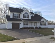 15 Quintyne Dr, N. Amityville image