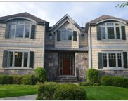 8 Hollow Tree Road, Briarcliff Manor image